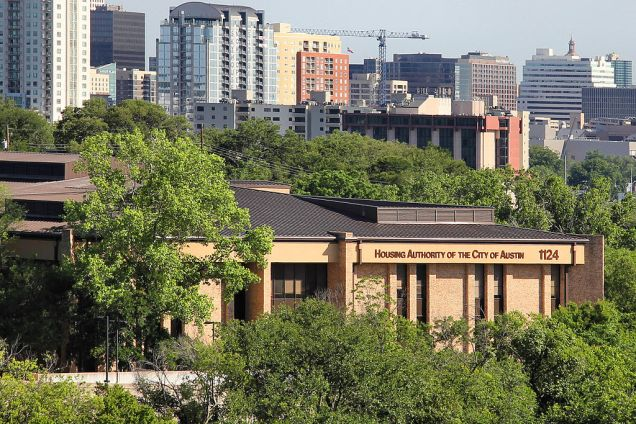 HACA faces the overwhelming refusal from Austin's landlords to accept housing choice vouchers. (Photo: Larry D. Moore / Creative Commons)