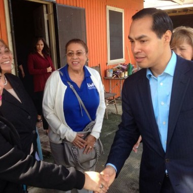 Secretary Castro meets with colonia residents in the Rio Grande Valley in November. (Photo: Instagram / texashousers)