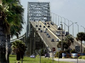 An estimated 47,000 vehicles per day use the existing Harbor Bridge. Photo by Corpus Christi Caller Times.