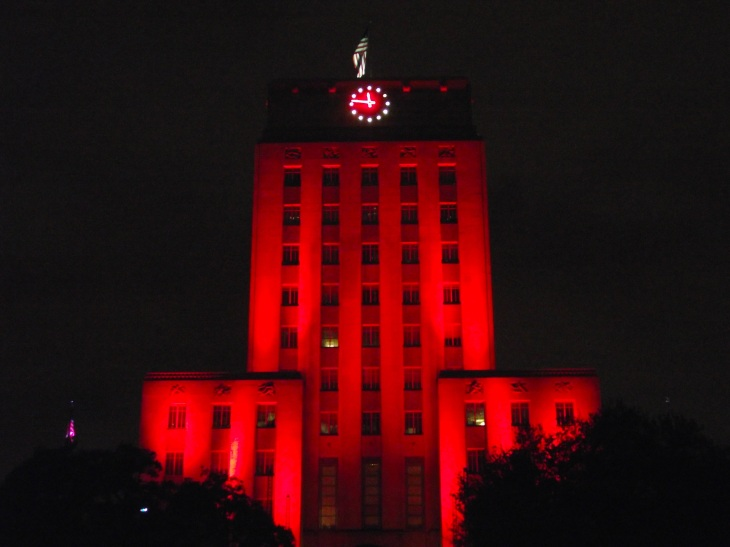 Houston_City_Hall_Lit_Cougar_Red_(front,_close)